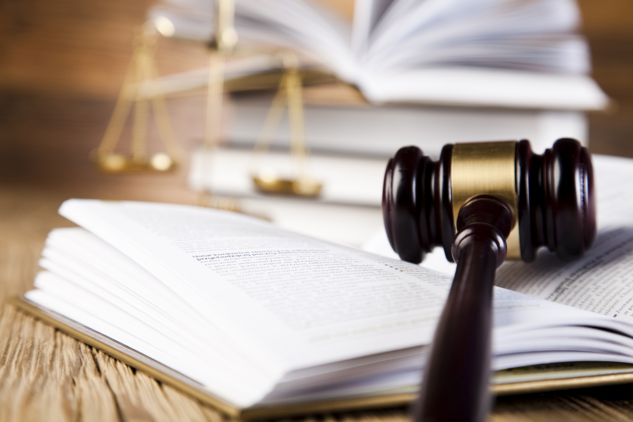 Diferencias juicio civil y penal en Argentina